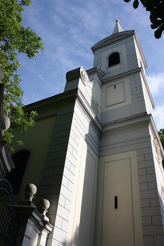 Kirchturm der Pfarrkirche Halbturn